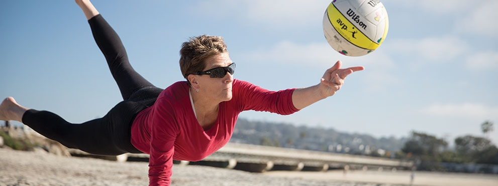 Malene Hansen playing beach volleyball
